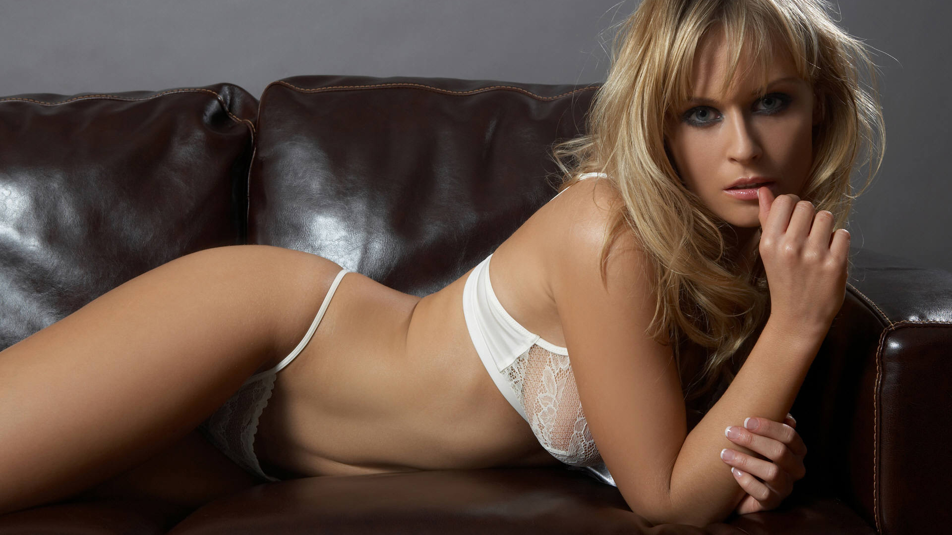 Carly rae jepsen nude uncensored